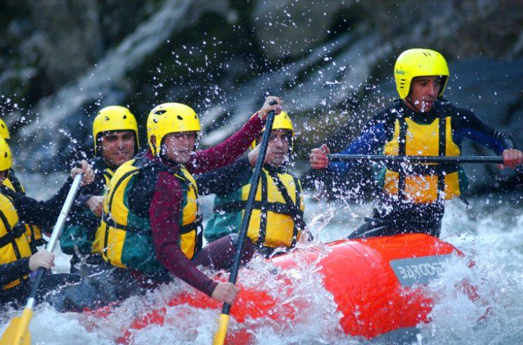 Formação Experiencial Equinócio - Team Rafting Challenge